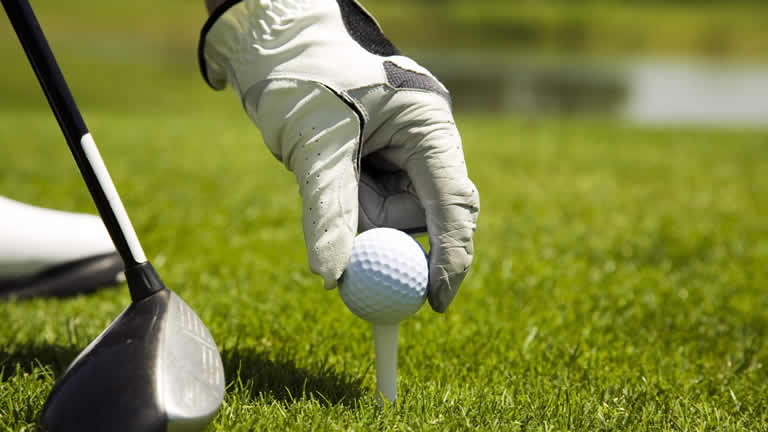 Golf Taupo stay at Riverside Apartment close to many courses