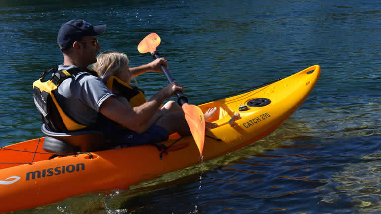 Free kayaks when you stay at Riverside Apartment Taupo
