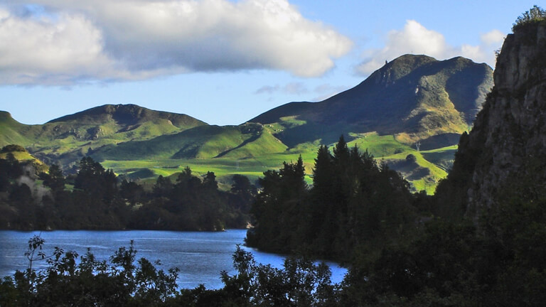 Waikato River Trails stay in Taupo NZ