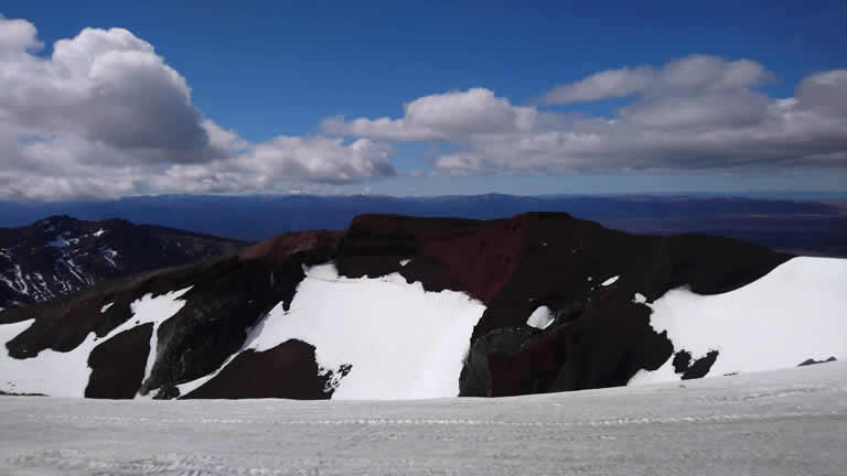Tongariro Alpine Crossing - Red Crater